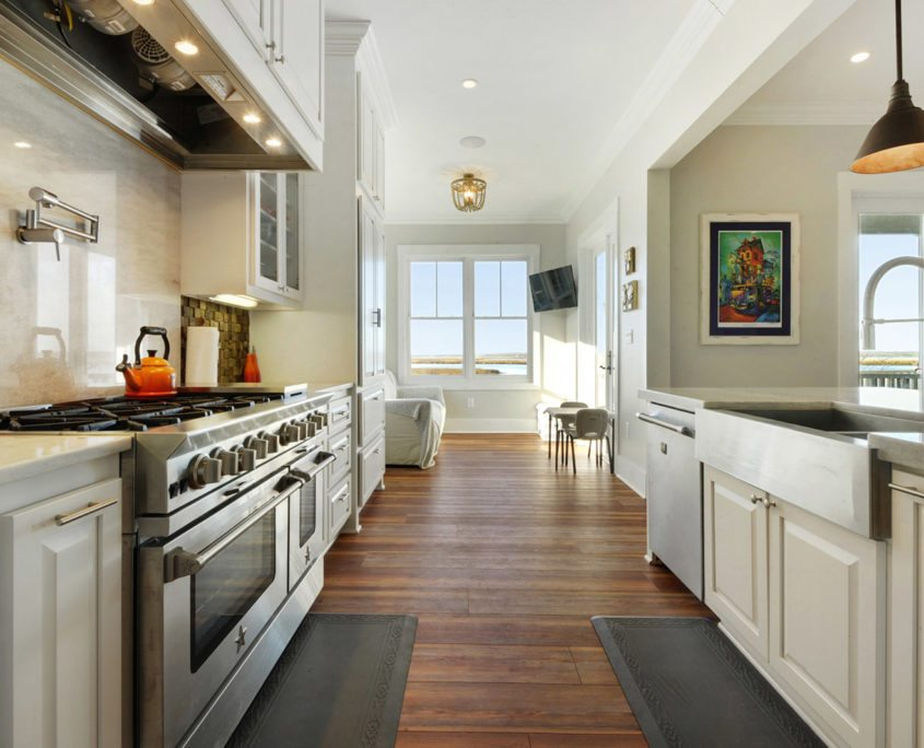 General Contractor in Bay St. Louis, Gulfport and Biloxi Mississippi Kitchen Interior Design and Construction